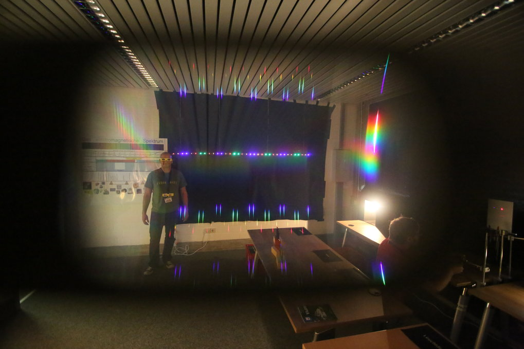 In the spectroscopy lab, you can see for yourself how astronomers split light into its component colors - and what they can learn from the resulting spectra.