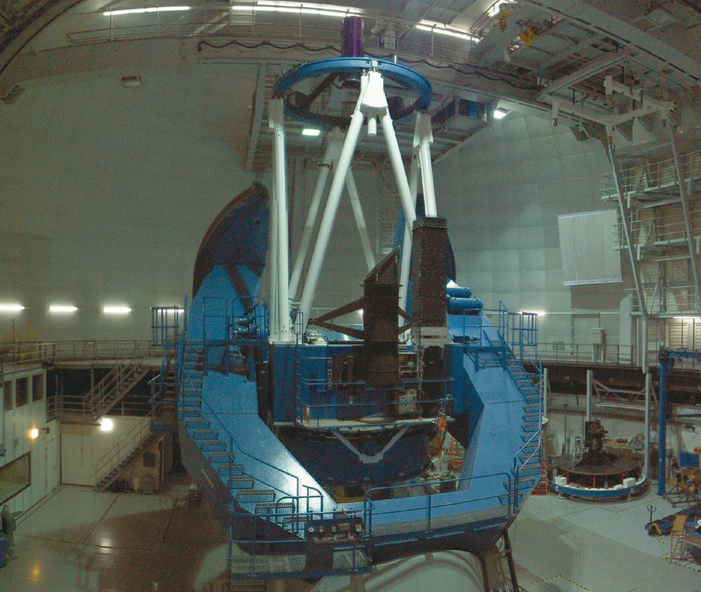 The 3.5 m telescope at Calar Alto observatory in its dome.
