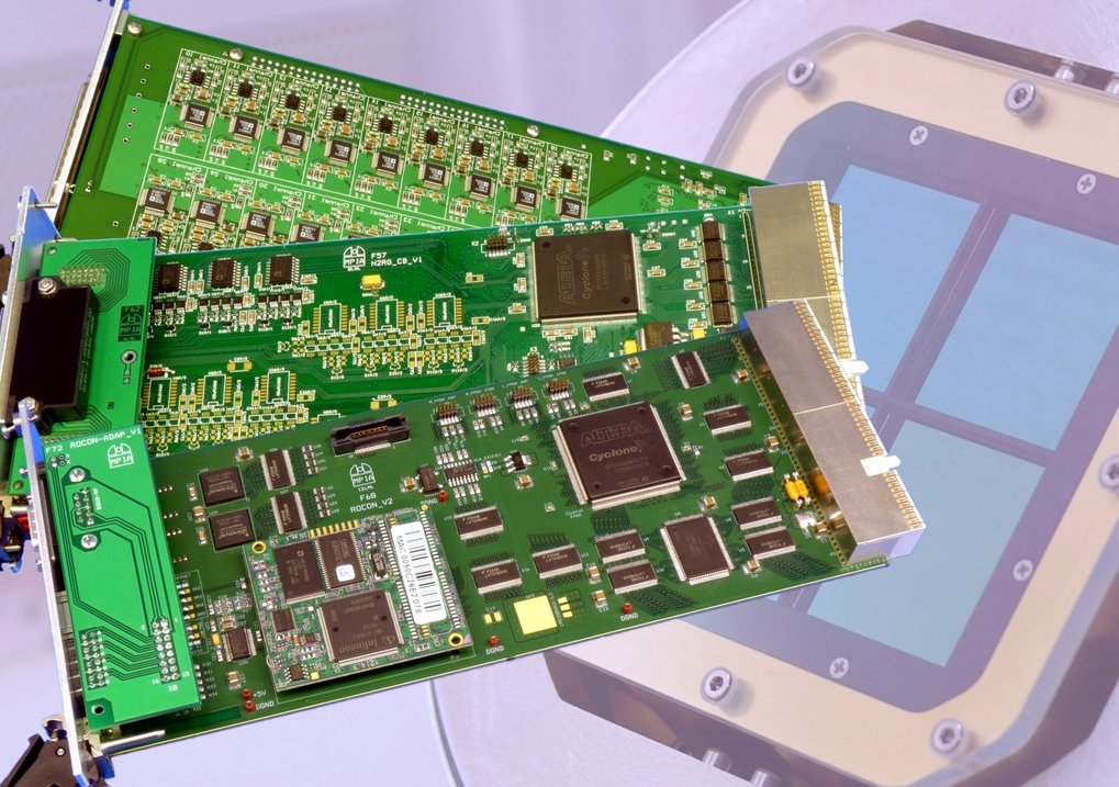 In-house readout electronics for infrared and CCD detectors.