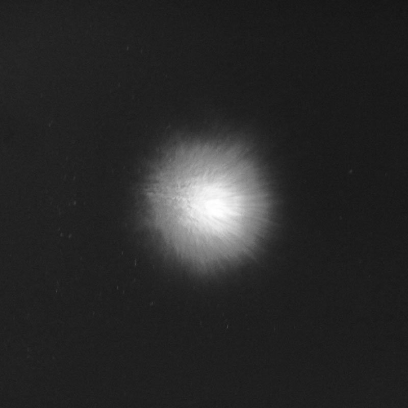 Figure 3: The same star, but now after activation of the adaptive optics. Although this picture was taken during 2.3 arcsecond seeing (which indicates very bad turbulence) and in visible light (where adaptive optics never works well – the LN camera will operate at infrared wavelengths), it shows a dramatic improvement in sharpness and intensity.